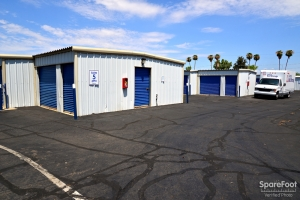 Central Self Storage - 67th Ave - Photo 6