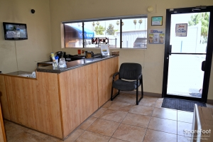 Central Self Storage - 67th Ave - Photo 14