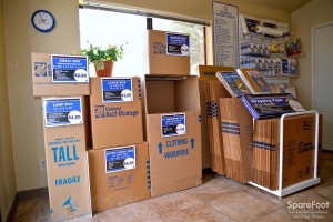 Central Self Storage - 67th Ave - Photo 15