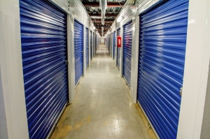 Lockaway Storage   Encino   Photo 6