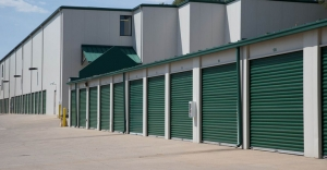 Image of Central Self Storage - Strang Line Facility on 11675 S Strang Line Rd  in Olathe, KS - View 4