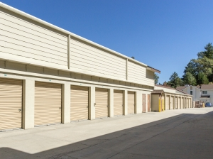 Image of Arrowhead Self Storage - Rimforest - 26677 State Hwy 18 Facility on 26677 State Hwy 18  in Rimforest, CA - View 4