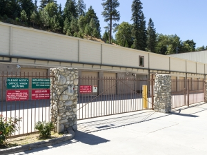 Arrowhead Self Storage - Rimforest - 26677 State Hwy 18 - Photo 8