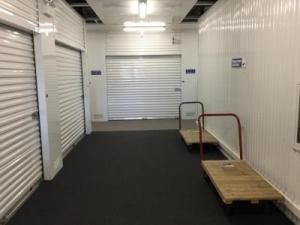 Life Storage - Schaumburg - Photo 4