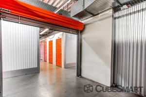 CubeSmart Self Storage - Bronx - 200 E 135th St - Photo 5