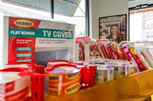 Image of CubeSmart Self Storage - Houston - 7825 Katy Fwy Facility on 7825 Katy Fwy  in Houston, TX - View 3