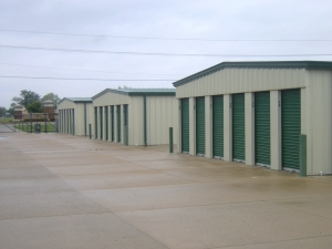 Picture of Broadway Mini Storage - Centennial