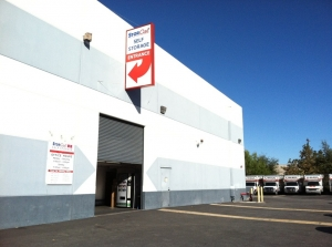Image of StorCal Self Storage of Van Nuys Facility on 15025 Oxnard Street  in Van Nuys, CA - View 4