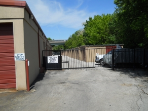 Image of Mr. Storage - Norristown Facility on 355 W Main St  in Norristown, PA - View 3