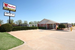SecurCare Self Storage - Oklahoma City - S Sooner Rd.
