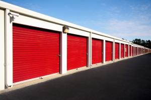 SecurCare Self Storage - Fayetteville - Rim Rd - Photo 4