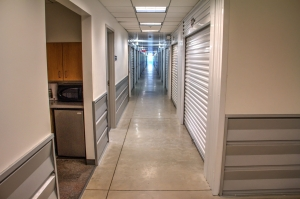 Lockaway Storage - DeZavala - Photo 5