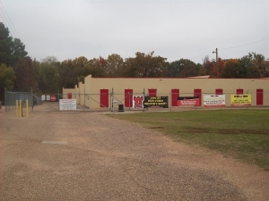 SecurCare Self Storage - Longview - W. Cotton - Photo 2