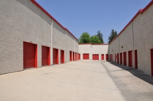 SecurCare Self Storage - Highland - East Highland Avenue - Photo 3