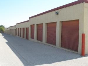 SecurCare Self Storage   San Angelo   Knickerbocker Rd.   Photo 2