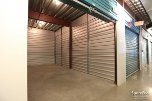Bullseye Storage   W. Dallas   Photo 19