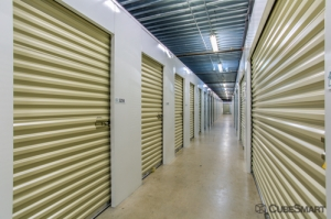 CubeSmart Self Storage - Orlando - 10425 S John Young Pkwy - Photo 7