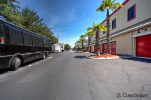 CubeSmart Self Storage - Orlando - 10425 S John Young Pkwy - Photo 10
