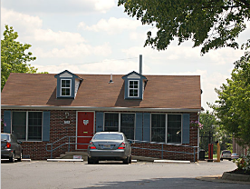 Fort Knox Self Storage - Leesburg - Photo 2
