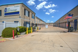 Picture of Simply - Carrollton - Oak Tree Dr
