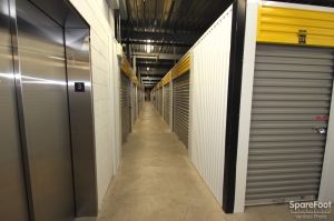 Safeguard Self Storage - Arlington Hts - Algonquin Road - Photo 9