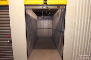 Safeguard Self Storage - Palatine - Photo 10