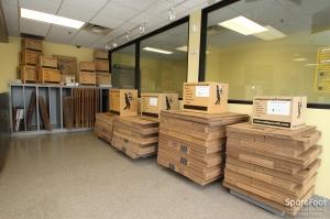 Safeguard Self Storage - Palatine - Photo 11