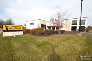 Safeguard Self Storage - Lombard Facility at  638 East Saint Charles Road, Lombard, IL