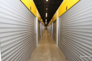 Safeguard Self Storage - Lombard - Photo 15