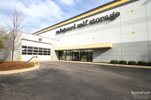 Safeguard Self Storage - Addison - Lake Street Facility at  21W379 Lake Street, Addison, IL