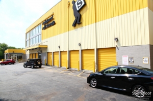 Image of Safeguard Self Storage - Bronx - Wakefield Facility on 4301 Bronx Boulevard  in Bronx, NY - View 3