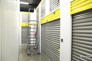 Safeguard Self Storage - Bronx - Wakefield - Photo 11