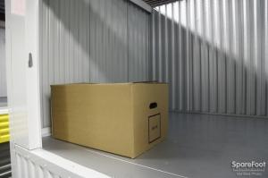 Safeguard Self Storage - Bronx - Wakefield - Photo 13