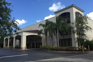 Image of Safeguard Self Storage - Miramar Facility on 7950 Riviera Boulevard  in Miramar, FL - View 4