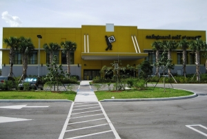 Image of Safeguard Self Storage - Miami - Hialeah Northeast Facility on 12000 Northwest 27th Avenue  in Miami, FL - View 3