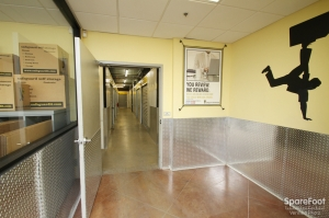 Safeguard Self Storage - Bridgeview - Photo 9