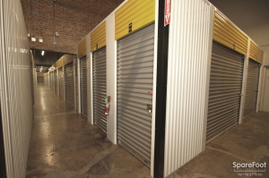 Safeguard Self Storage - Des Plaines - Photo 13