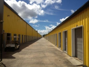 Safeguard Self Storage - Marrero - Photo 11
