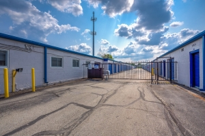 Simply Self Storage - Indianapolis, IN - Hawthorn Park Dr - Photo 4