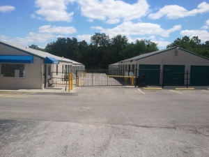 Simply Self Storage - Kansas City, KS - State Ave - Photo 2