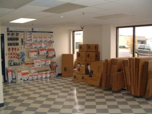 Simply Self Storage - Indianapolis, IN - Beachway Dr - Photo 4