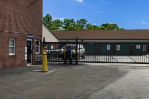 Simply Self Storage - Indianapolis, IN - Beachway Dr - Photo 3