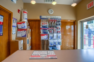 Simply Self Storage - Palatine, IL - Hicks Rd - Photo 10