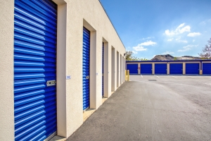 Simply Self Storage - Winter Garden, FL - Colonial Dr - Photo 2