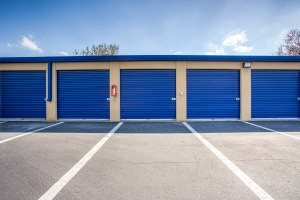 Simply Self Storage - Winter Garden, FL - Colonial Dr - Photo 4