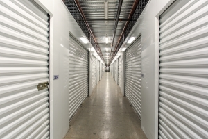 Simply Self Storage - Winter Garden, FL - Colonial Dr - Photo 5