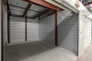 Simply Self Storage - Winter Garden, FL - Colonial Dr - Photo 7