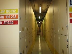 Image of StorQuest - Honolulu/Kakaako Facility on 850 Kawaiahao St (4th floor)  in Honolulu, HI - View 3