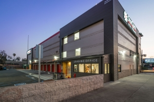 Image of StorQuest - Los Angeles/Figueroa Facility on 2222 N Figueroa St  in Los Angeles, CA - View 2