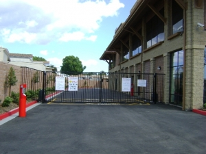 Image of StorQuest - Thousand Oaks/Skyline Facility on 100 N Skyline Dr  in Thousand Oaks, CA - View 2